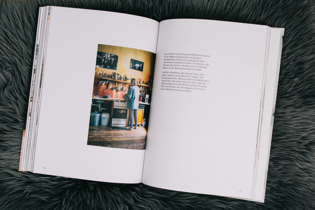 of-strangers-and-friends-erik-rulands-photobooks_04